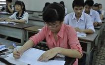 Môn toán dễ lấy 5, 6 điểm; môn vật lý khó đạt điểm cao