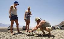 54 độ C - du khách kéo đến thung lũng Chết... chiên trứng!