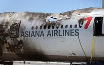 Máy bay Asiana Airlines trễ chuyến 17 giờ vì rò rỉ dầu động cơ