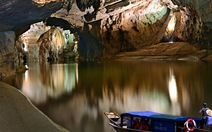 Động Phong Nha - điểm du lịch xuất sắc thế giới 2013