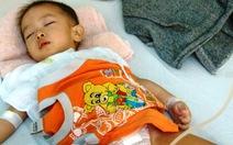 Bé bị cắt nhầm bàng quang: sẽ điều trị tại Khánh Hòa