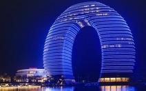 Khách sạn hình móng ngựa, kiệt tác kiến trúc mới của Trung Quốc
