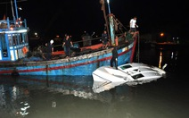 Canô gặp nạn ở Cần Giờ chở khách khi đang sửa chữa