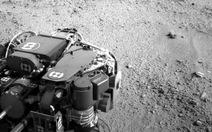 Robot Tò Mò chơi nhạc Happy Birthday trên sao Hỏa
