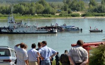 Tàu đâm xà lan: 4 người chết, 14 người nguy kịch