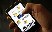 Microsoft mạo hiểm thách thức Apple và Google