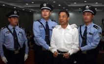 Bạc Hi Lai vừa tù chung thân vừa bị tịch thu hết tài sản