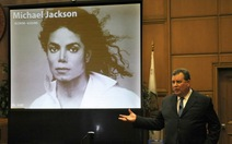 Gia đình Michael Jackson đòi bồi thường gần 300 triệu USD