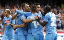 Napoli tiếp tục đeo bám AS Roma