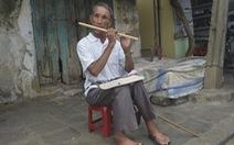 Người thổi sáo mù