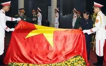 Nhân dân khóc tướng Võ, đất nước tiễn anh Văn