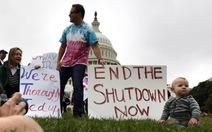 Thượng viện Mỹ hoãn công bố thỏa thuận giải cứu tài chính