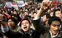 Trung Quốc: 27 cảnh sát bị trọng thương khi đụng độ với dân