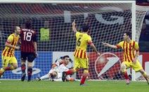 Messi cứu Barcelona