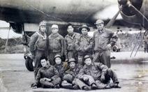 Thả dù xuống Huế năm 1968