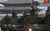 Hàn Quốc tập trận bắn đạn thật trên biển