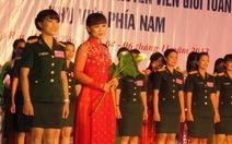 Ca sĩ Thanh Thúy làm MC cho hội thi phụ nữ quân đội
