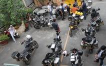 """Tạm giữ 10 môtô """"khủng"""" nước ngoài chạy vào đường cấm"""
