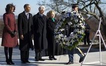 Ông Obama, Clinton viếng mộ cố tổng thống J.F.Kennedy