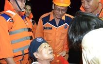 Cứu 2 người bệnh nặng trên tàu du lịch quốc tế