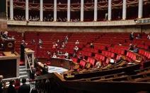 Pháp: Dự luật phạt khách mua dâm từ 2000-5000 USD