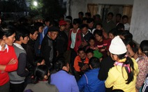 Ngư dân trong vòng tay người thân sau vụ mất tích trở về