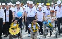 Chủ tịch nước tham gia đi bộ ủng hộ trẻ khuyết tật
