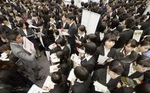"""Sinh viên Nhật vào mùa """"săn việc"""""""