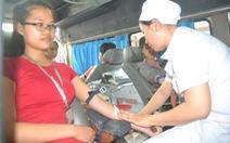 Hơn 1.600 sinh viên hiến máu cứu người