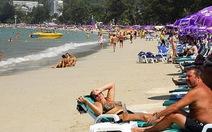 """Phát hiện xe bom ở """"thiên đường du lịch"""" Phuket"""