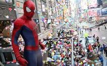 """""""Người nhện"""" sẽ tung hoa giấy ở quảng trường Thời đại"""