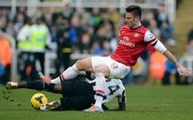 Arsenal sứt mẻ đội hình khi gặp Cardiff