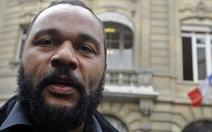 Pháp cấm danh hài biểu diễn vì bài Do Thái