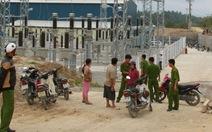 Dân kéo đến nhà máy thủy điện đòi bồi thường
