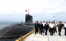 Lãnh đạo thủ đô thăm tàu ngầm 182 Hà Nội