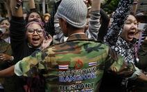 """Thái Lan: cấm đường, cấm tụ tập trong """"tình trạng khẩn cấp"""""""
