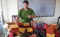 Thu giữ pháo nổ và đồ chơi Trung Quốc nguy hiểm