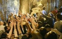 Lưu giữ lễ hội để bảo vệ bản sắc