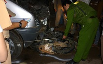 Môtô đâm vào ôtô, 2 người chết, 1 người bị thương