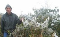 Mẫu Sơn âm 2,5 độ C, băng giá phủ trắng xóa