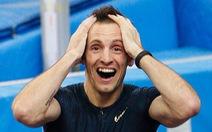 Lavillenie phá kỷ lục nhảy sào tồn tại 21 năm của Bubka