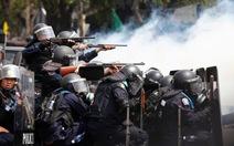 Tòa án Thái Lan cấm sử dụng vũ lực với người biểu tình