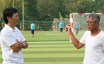 Công Minh về quê làm bóng đá cộng đồng