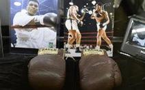 Đôi găng tay của Muhammad Ali trị giá 836.500 USD