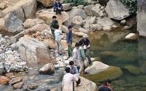 Vụ cầu treo Chu Va 6 bị đứt: khẩn trương làm cầu tạm