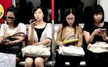 Nghiện điện thoại sẽ bỏ rơi nhau trong cuộc sống?