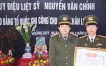 """Trao bằng """"Tổ quốc ghi công"""" cho liệt sỹ Nguyễn Văn Chỉnh"""