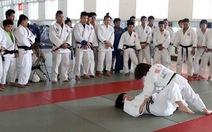 Sinh viên TDTT TPHCM thích thú với các ngôi sao Judo Nhật