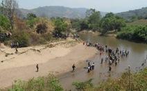 5 học sinh nghi mất tích do tắm suối