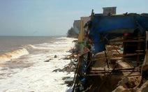 Phan Thiết: sóng biển gây sạt lở nghiêm trọng